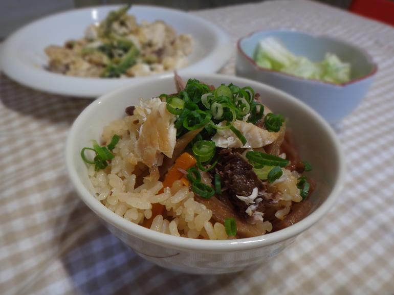 ぶりの炊き込みご飯 薬局の管理栄養士のレシピ
